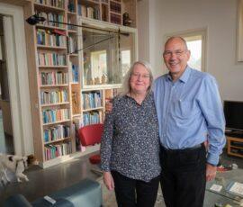 Margje en Paddy in hun duurzame huis